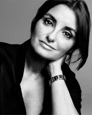Jeanine Lobell